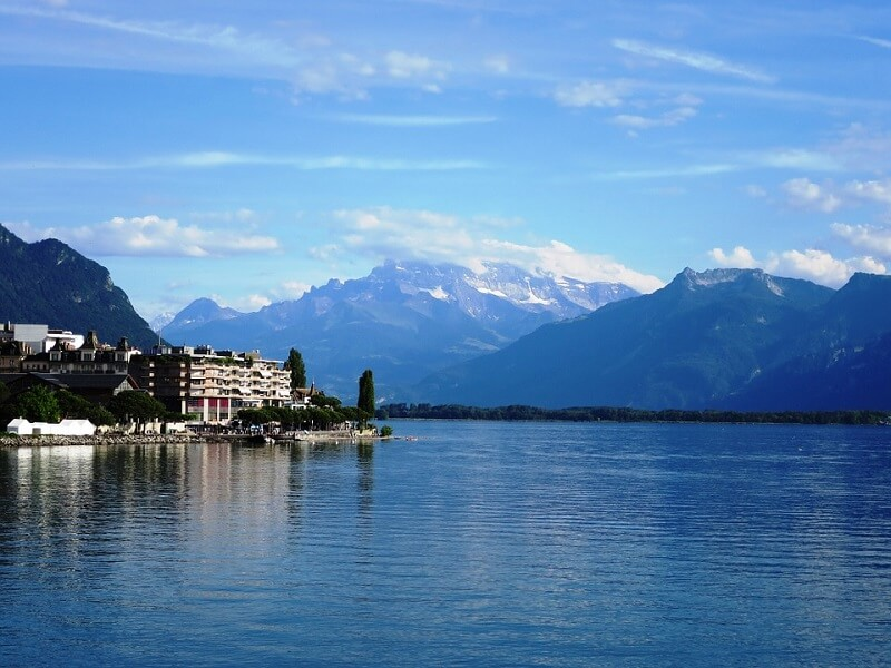 Stunning Switzerland... Lake Geneva